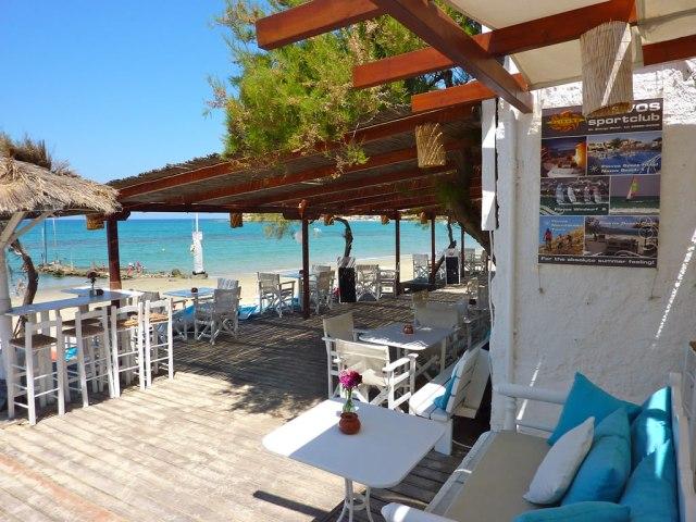 Flisvos beach cafe